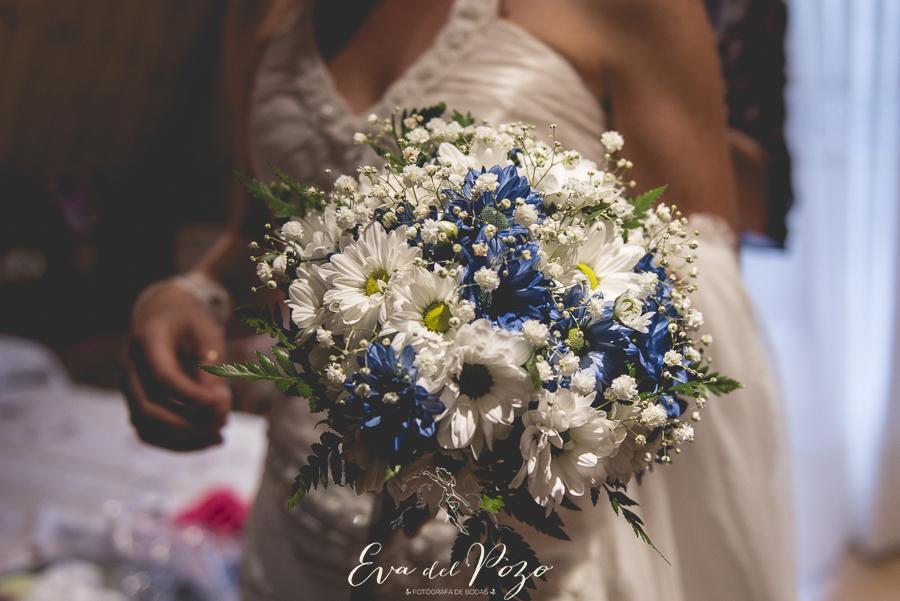 Preparativos de la novia, ramo de novia